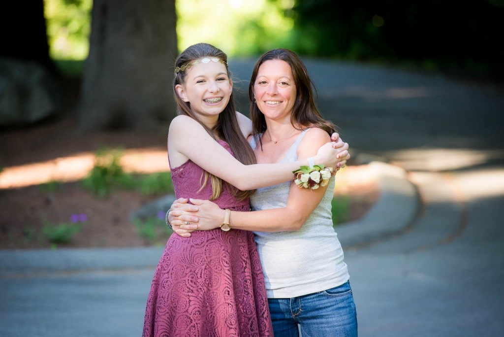 girl and mother before dance