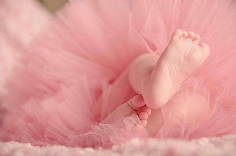 baby girls feet