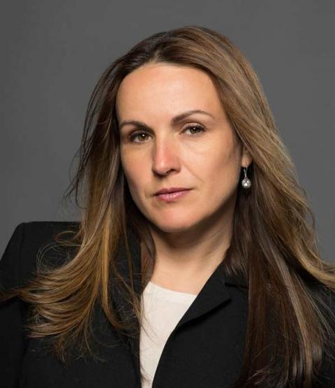 Luciana Calvin headshot